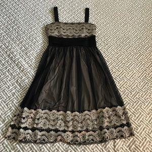 Black & Gold Semi-formal Dress | 6P